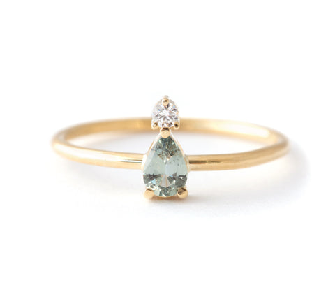 Pear Sapphire Ring with Diamond