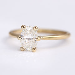 One carat Oval Diamond Engagement Ring