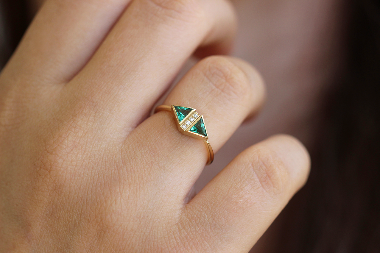 gemstone ring rings engagement diamond baguette cut art platinum emerald deco jewellery