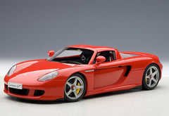 Autoart 1/18 Porsche Carrera GT (Red)