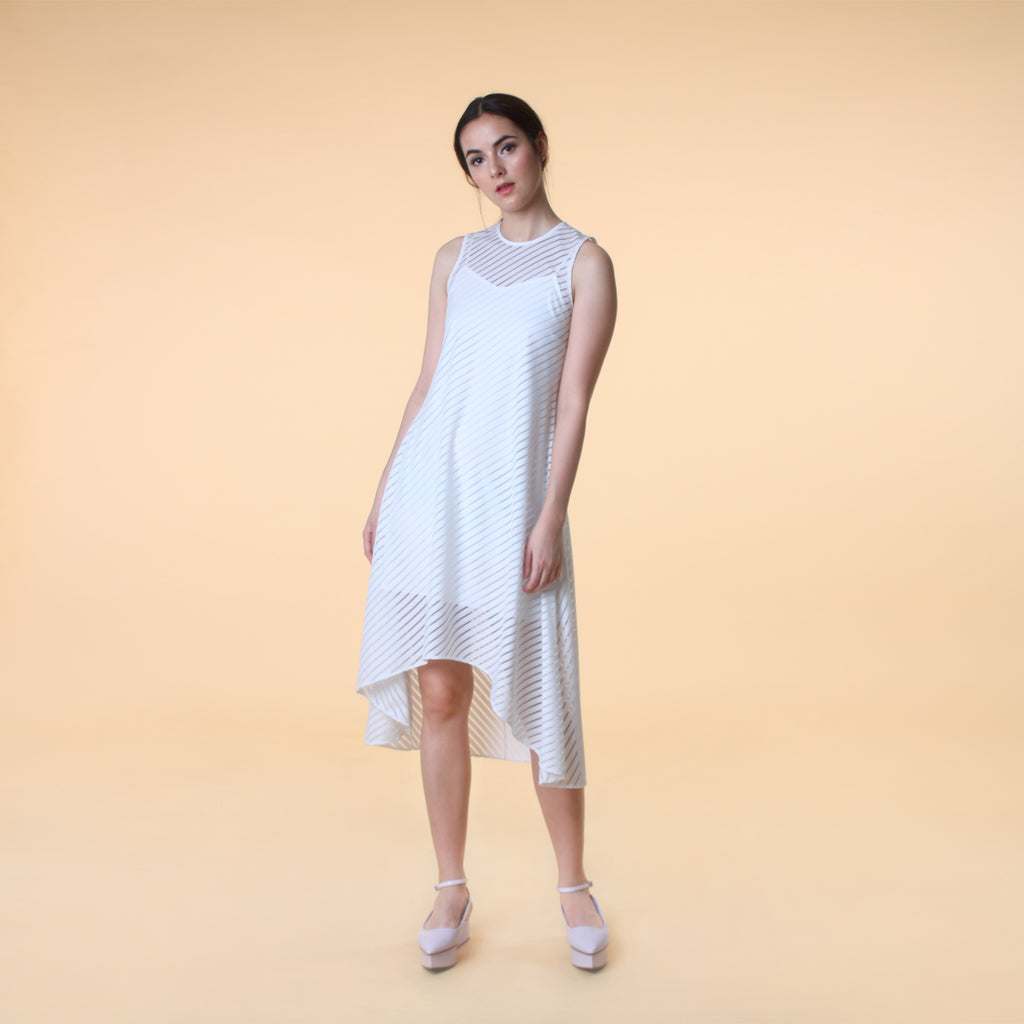 ASYMMETRICAL HEM STRIPE DRESS <BR> WHITE
