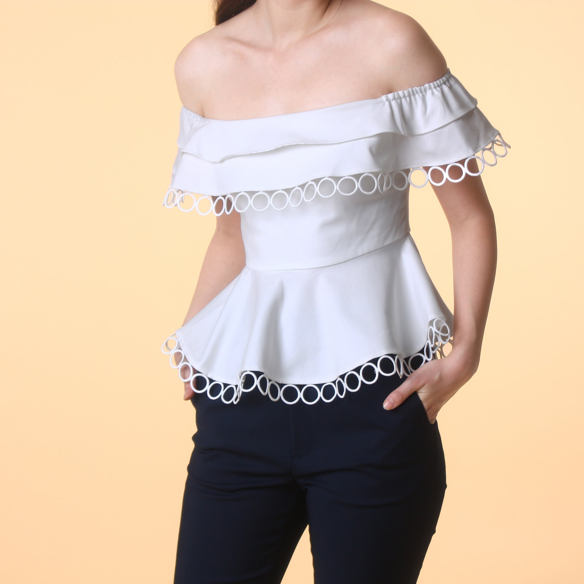 OFF-SHOULDER PEPLUM TOP <BR> WHITE