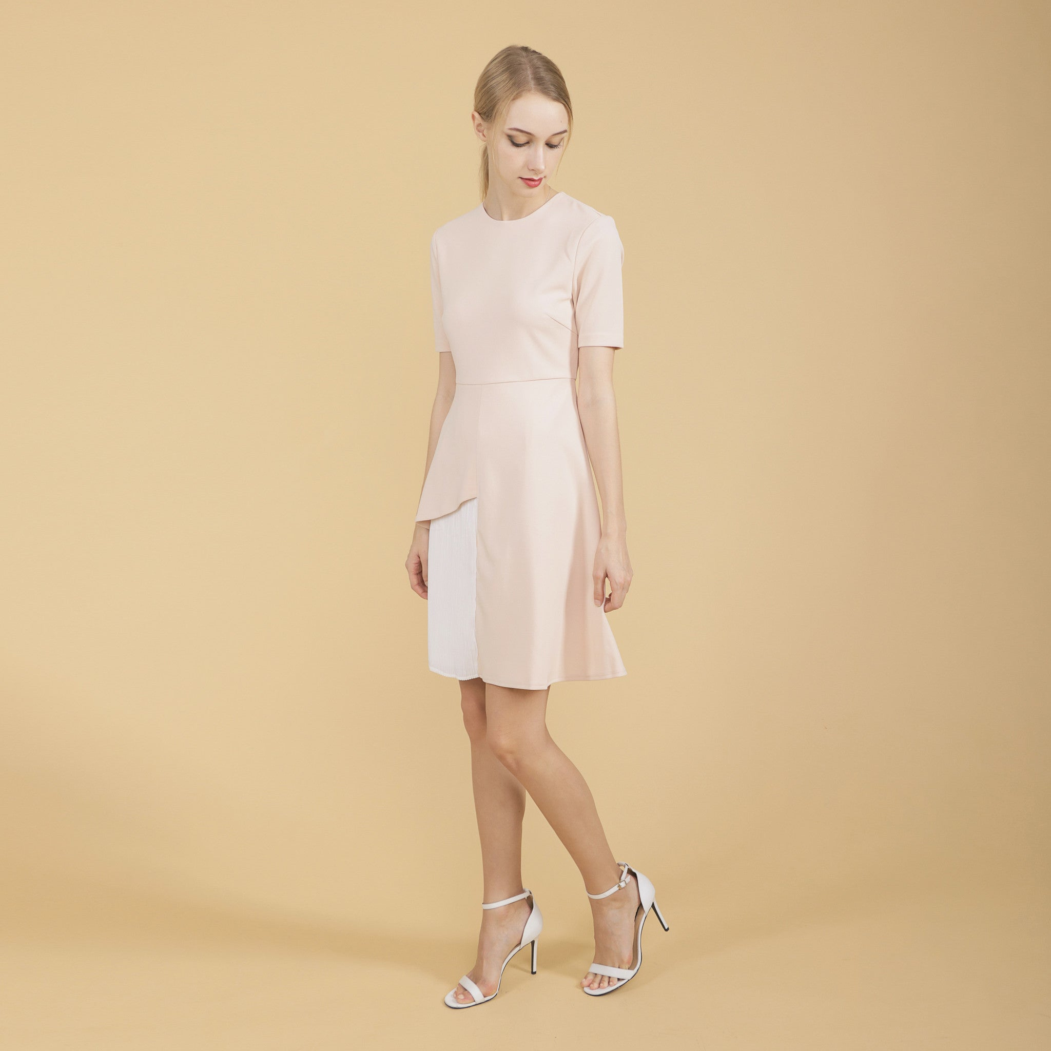 PLEATED PANEL SHORT SLEEVED DRESS <br> SALMON PINK