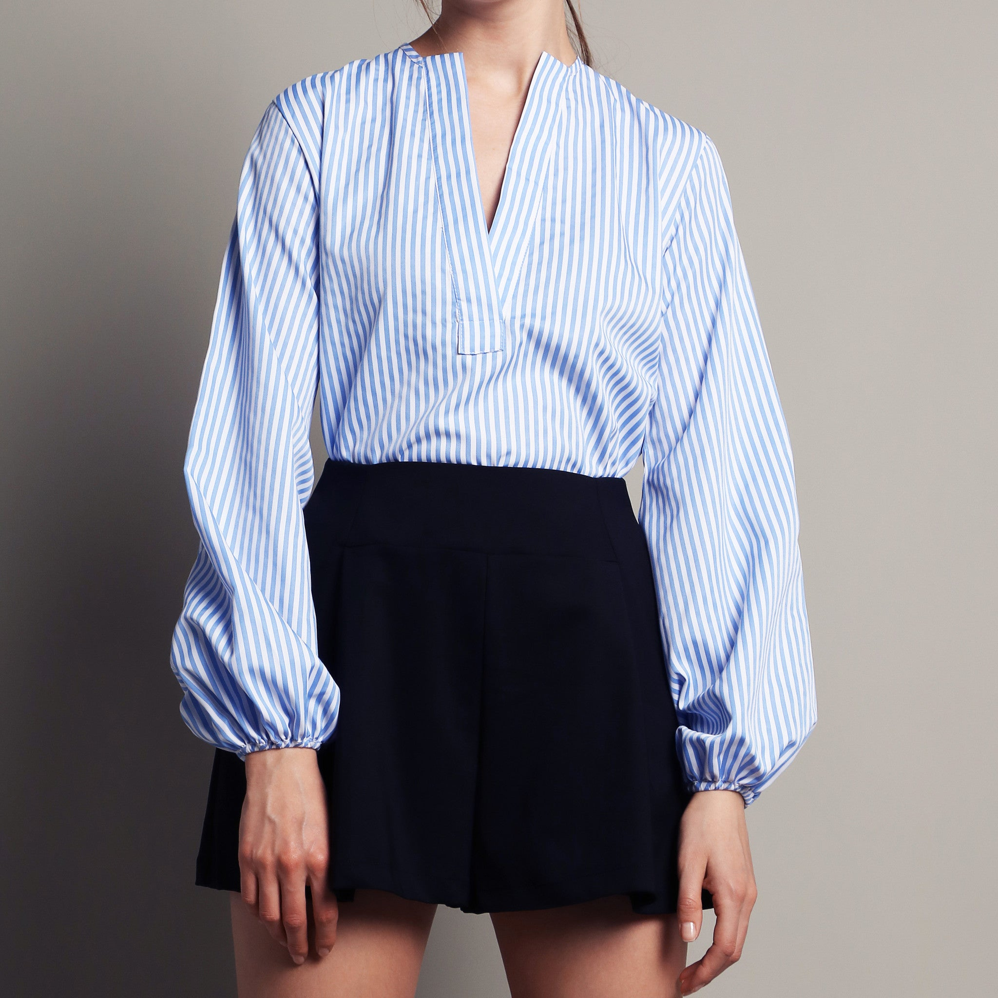PUFFED SLEEVE V-NECK BLOUSE <BR> PINSTRIPE