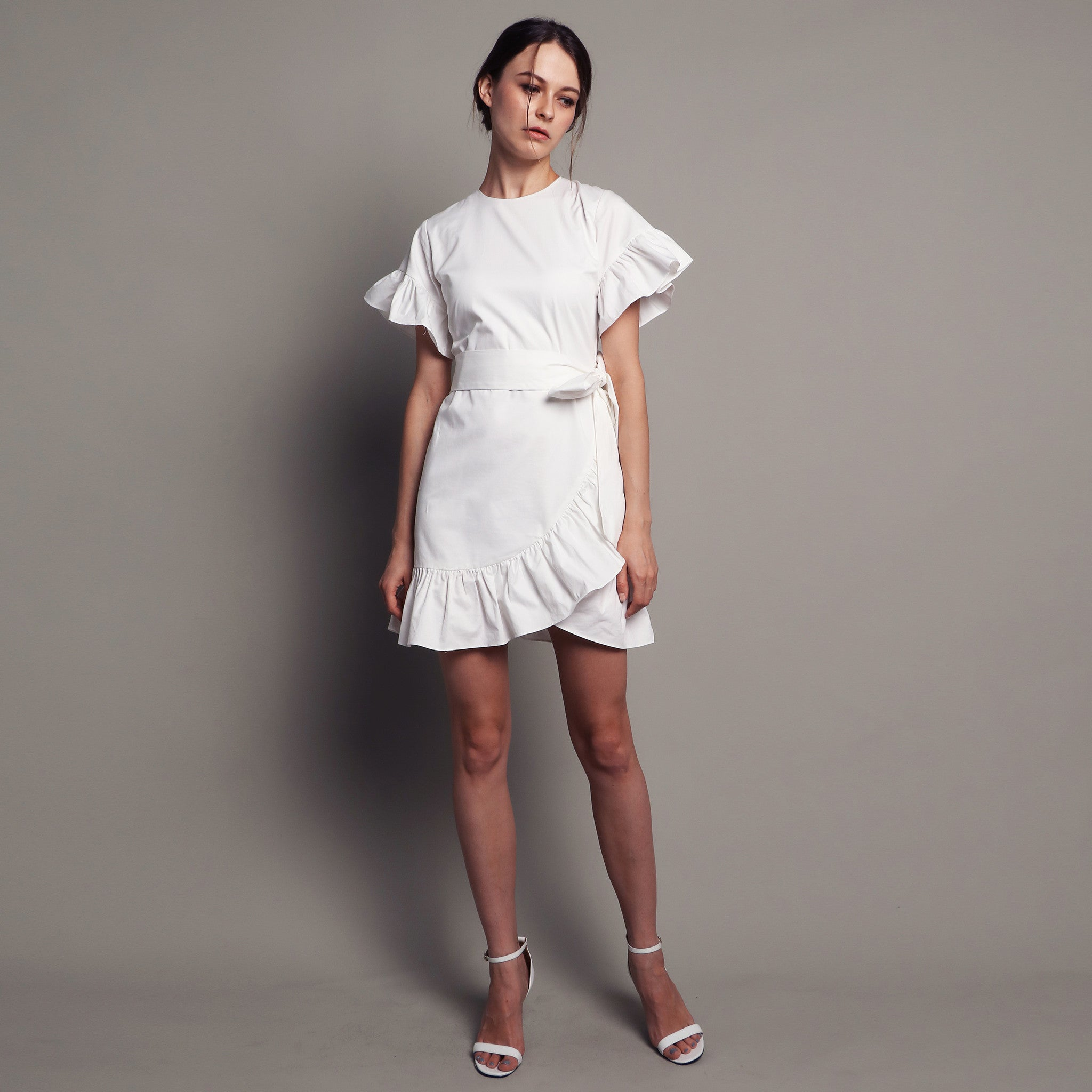 RUFFLED MINI DRESS <BR> WHITE