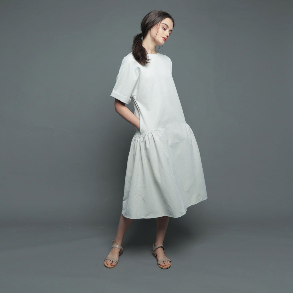 FOLDED SLEEVE MIDI DRESS <BR> GREY
