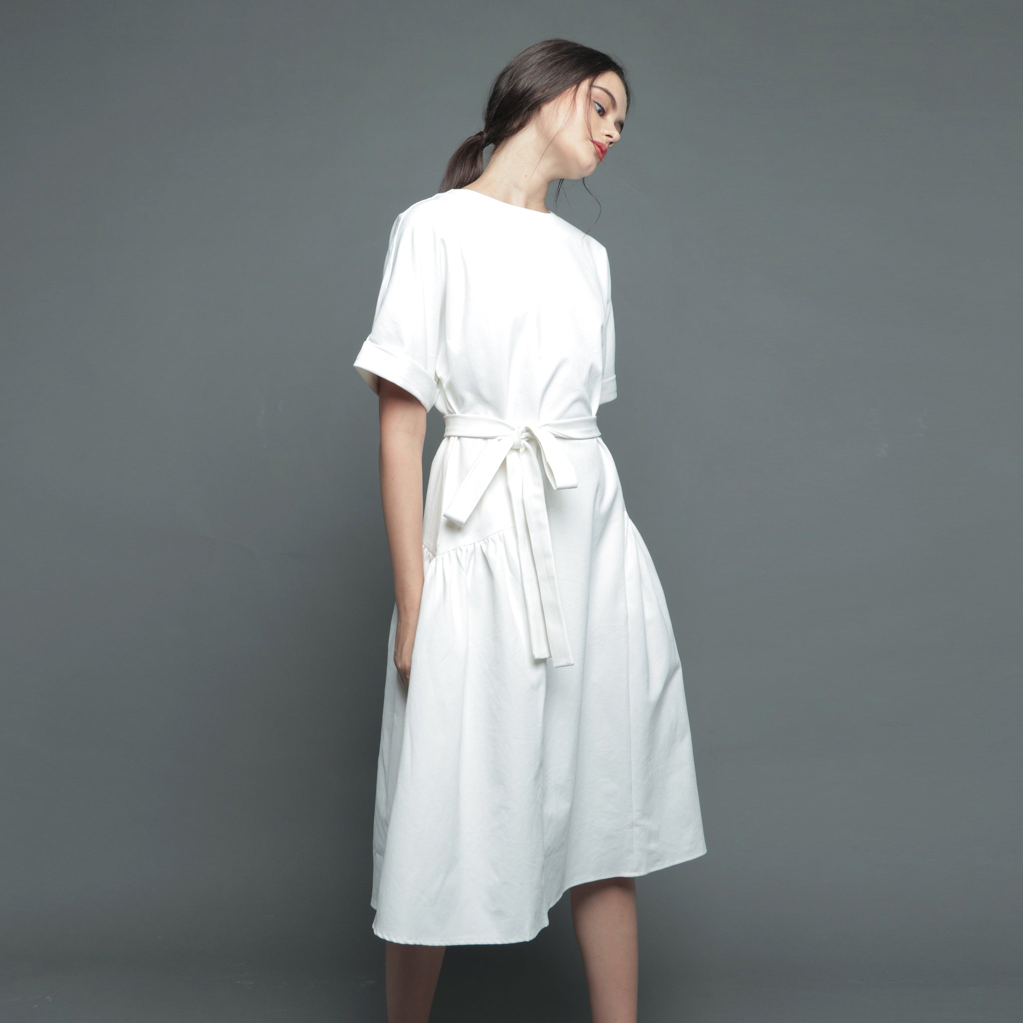 FOLDED SLEEVE MIDI DRESS <BR> WHITE