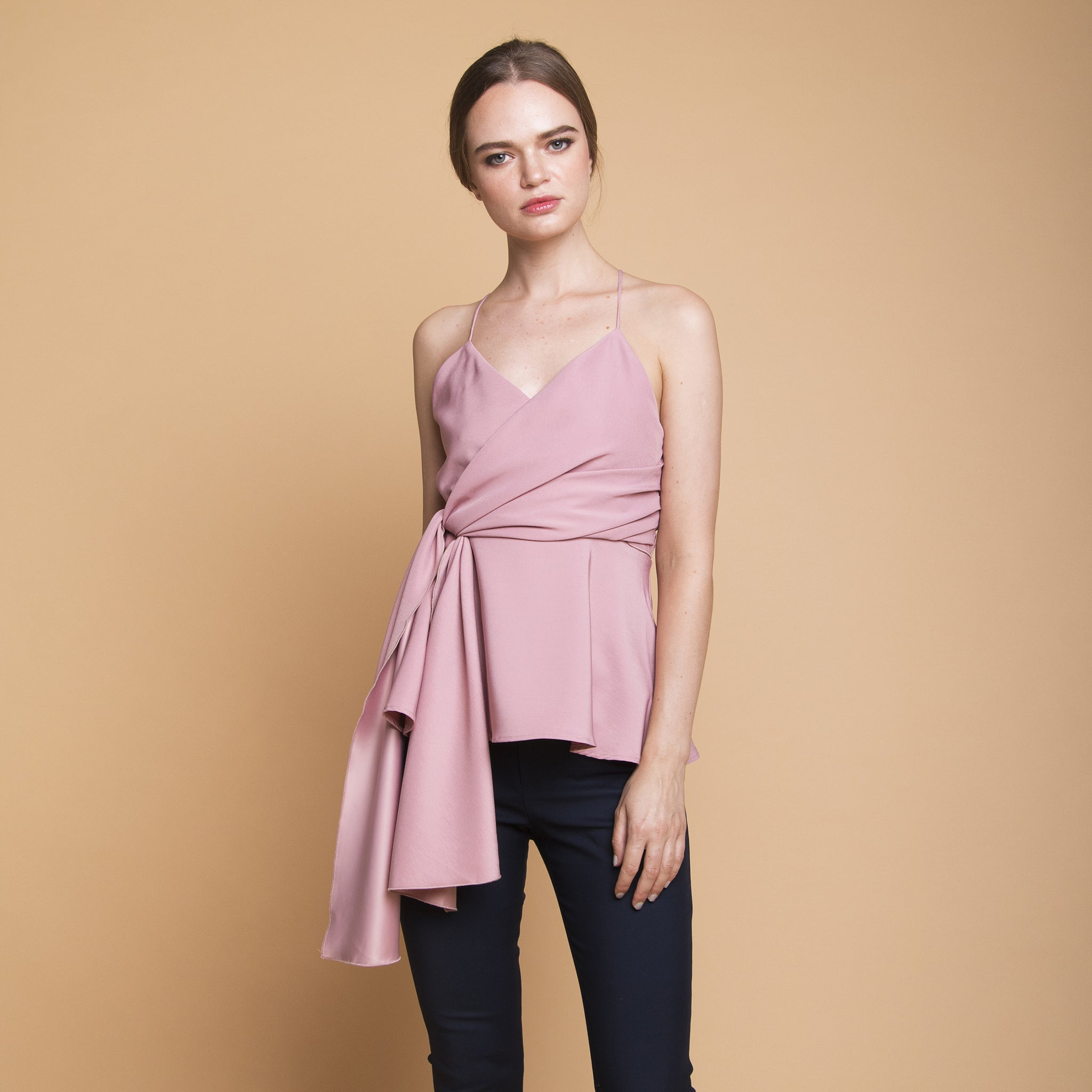 V-NECK TOP WITH TIE SASH <BR> PINK