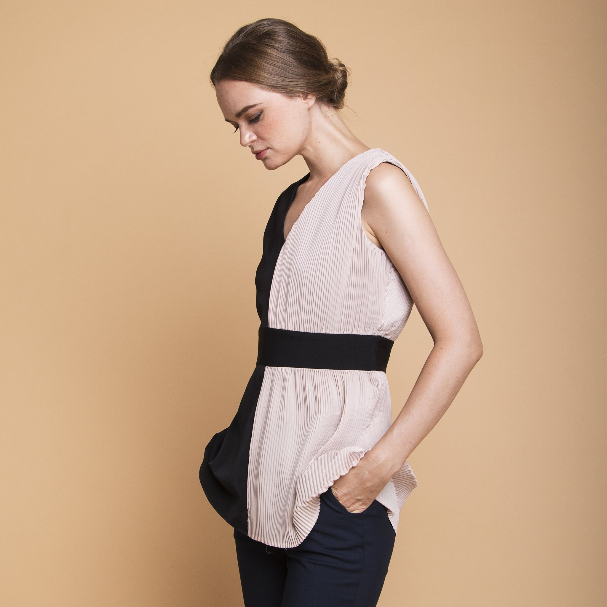 HALF PLEATED COLOURBLOCK TOP <BR> BLACK