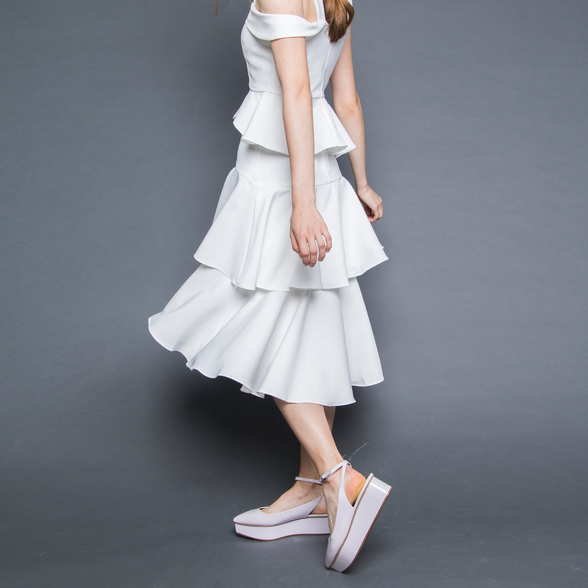 DIPHEM LAYERED MIDI SKIRT <BR> WHITE