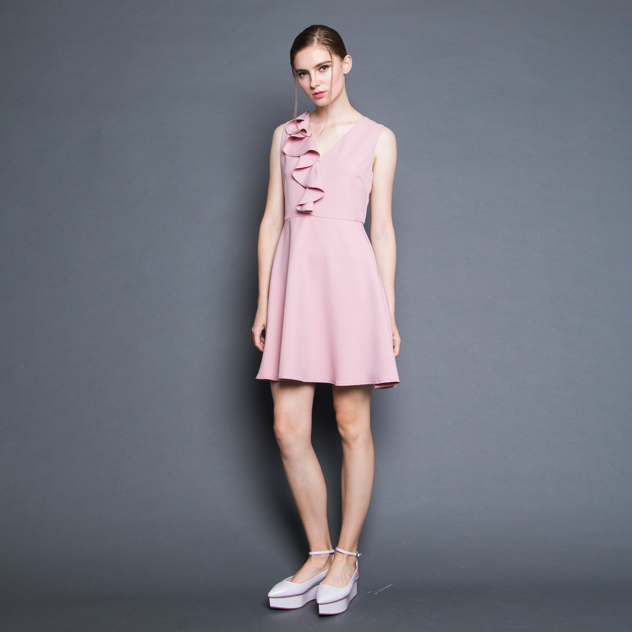 V-NECK RUFFLE DRESS <BR> PINK
