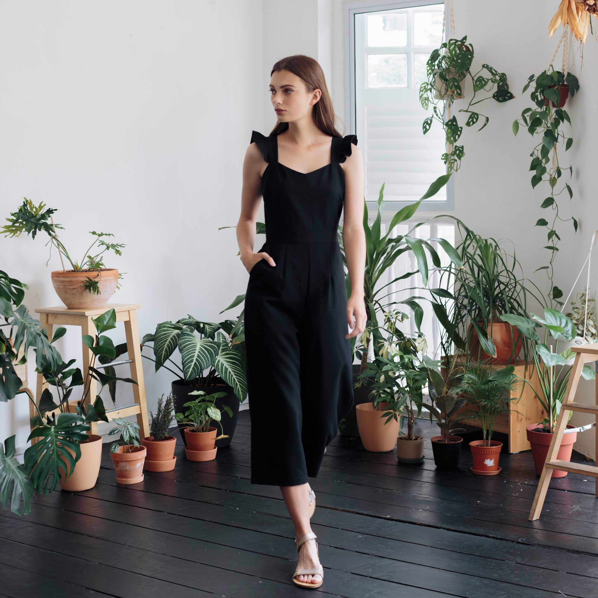 FRILL SLEEVE JUMPSUIT <BR> BLACK