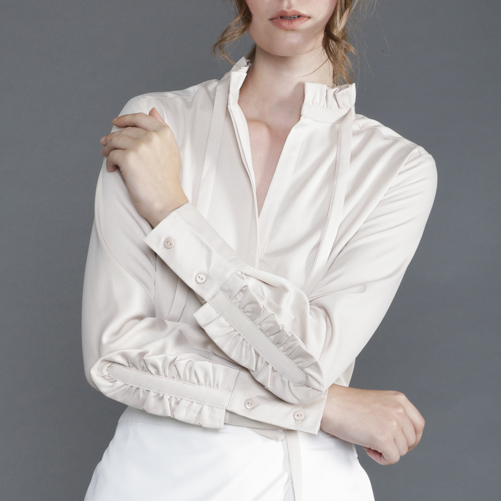 HIGH NECK RUFFLED BLOUSE