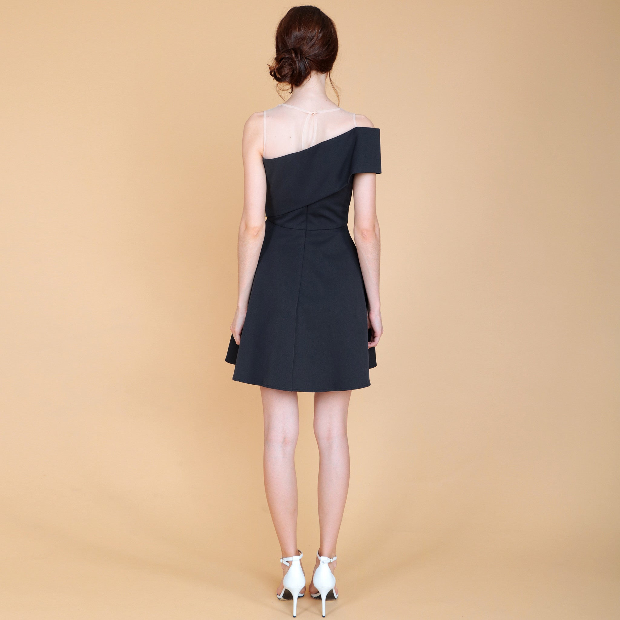 ONE OFF-SHOULDER FITTED WAIST DRESS <br> BLACK