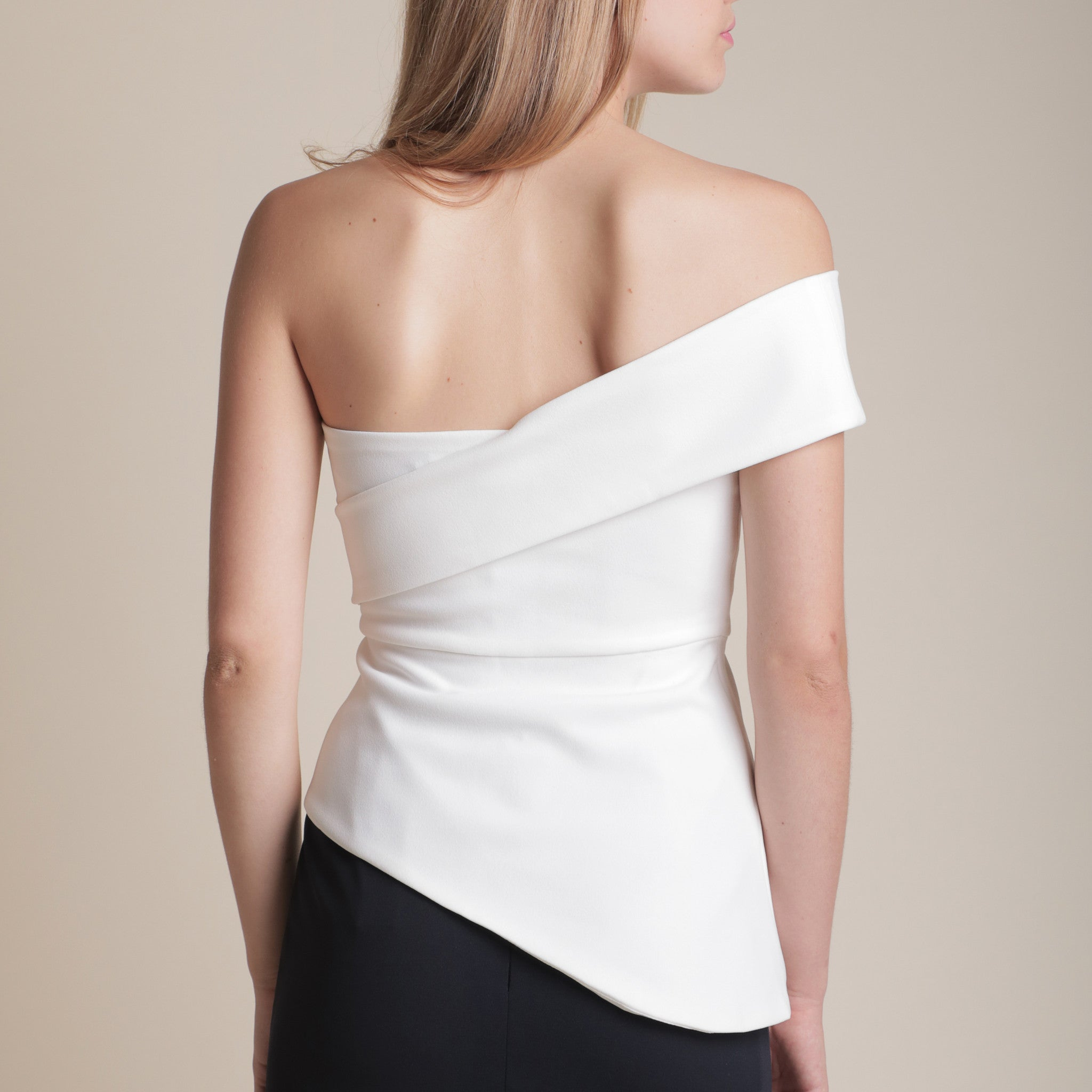 DIAGONAL STRAP TOP WITH IRREGULAR HEM <BR> WHITE