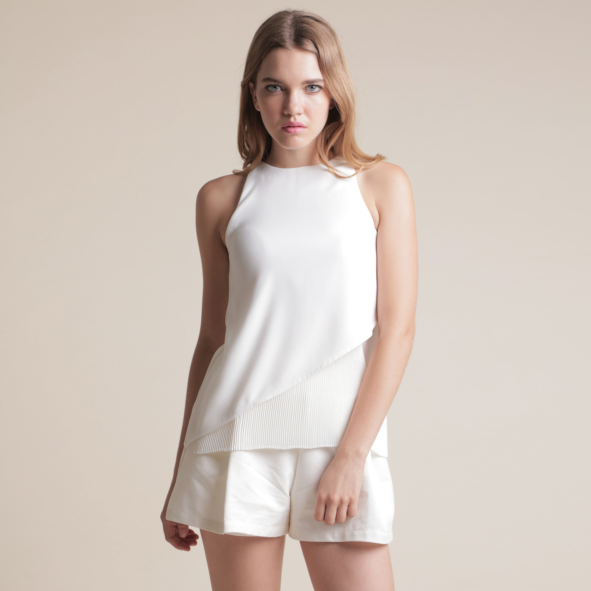 HALF PLEATED TOP <BR> WHITE
