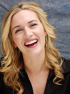 Kate Winslet Smiling | My Makeup Brushes