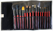 Customized Black Snake Brush Set with Red Brushes