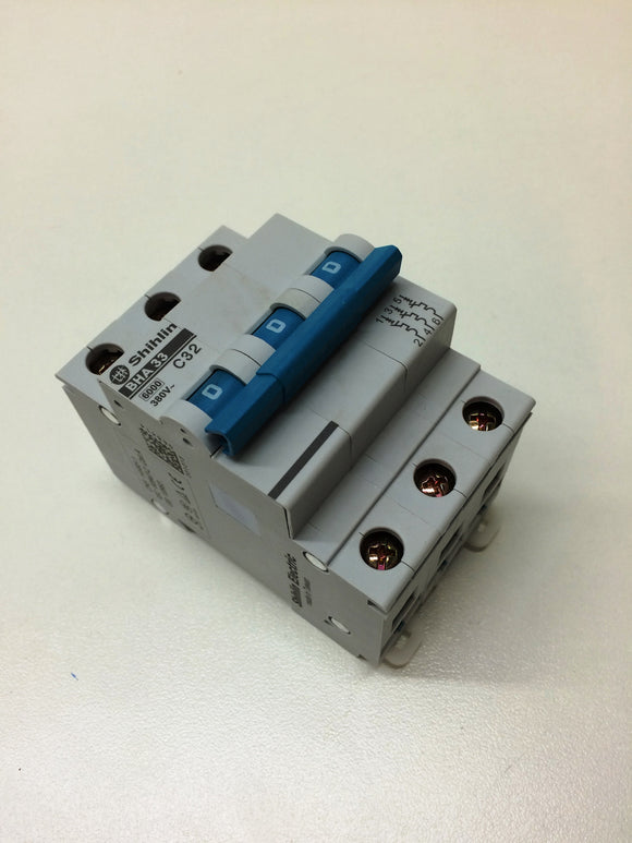 SNX nVentor CNC Router Circuit Breaker 32A