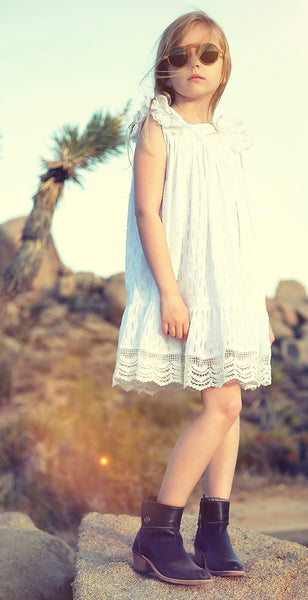 Lana dress in summer white