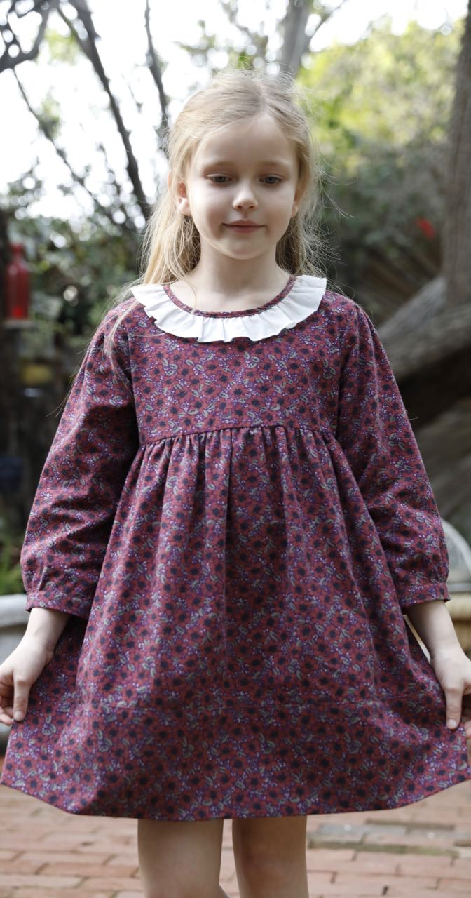 Birdie dress in winter plum