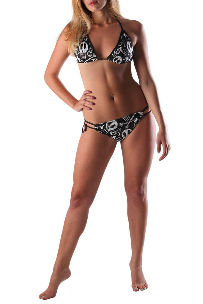 DEAD RECKONING BIKINI TOP AND BOTTOM WITH SKULL PRINT A SOUTH AFRICAN APPAREL AND CLOTHING BRAND FRONT VEIW