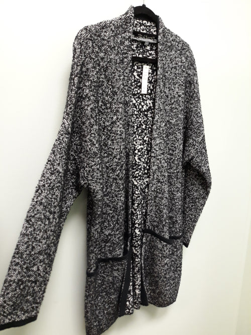 ELLIOT LAUREN BLACK WHITE LONG CARDIGAN 52967