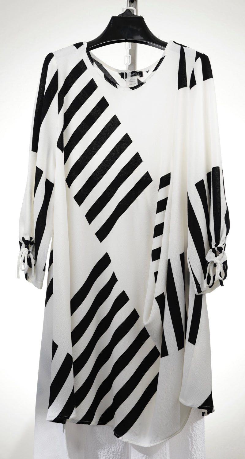 MOONLIGHT BLACK WHITE STRIPED TUNIC TOP 2587