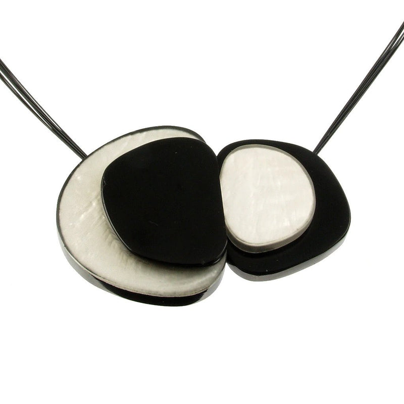 Front Magnetic Jewelry Necklace 4138-1