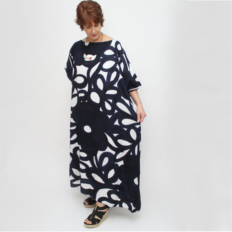 Navy/White Floral Kaftan dress, O/S