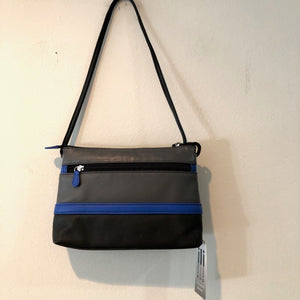 Leather cross body bag by ILI