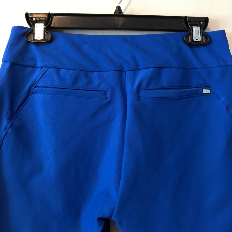 Tail pullon shorts, zip pockets, slits GF4593-8086