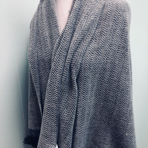 Herringbone print wool shawl