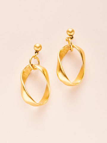 Ribbon Chain Earrings