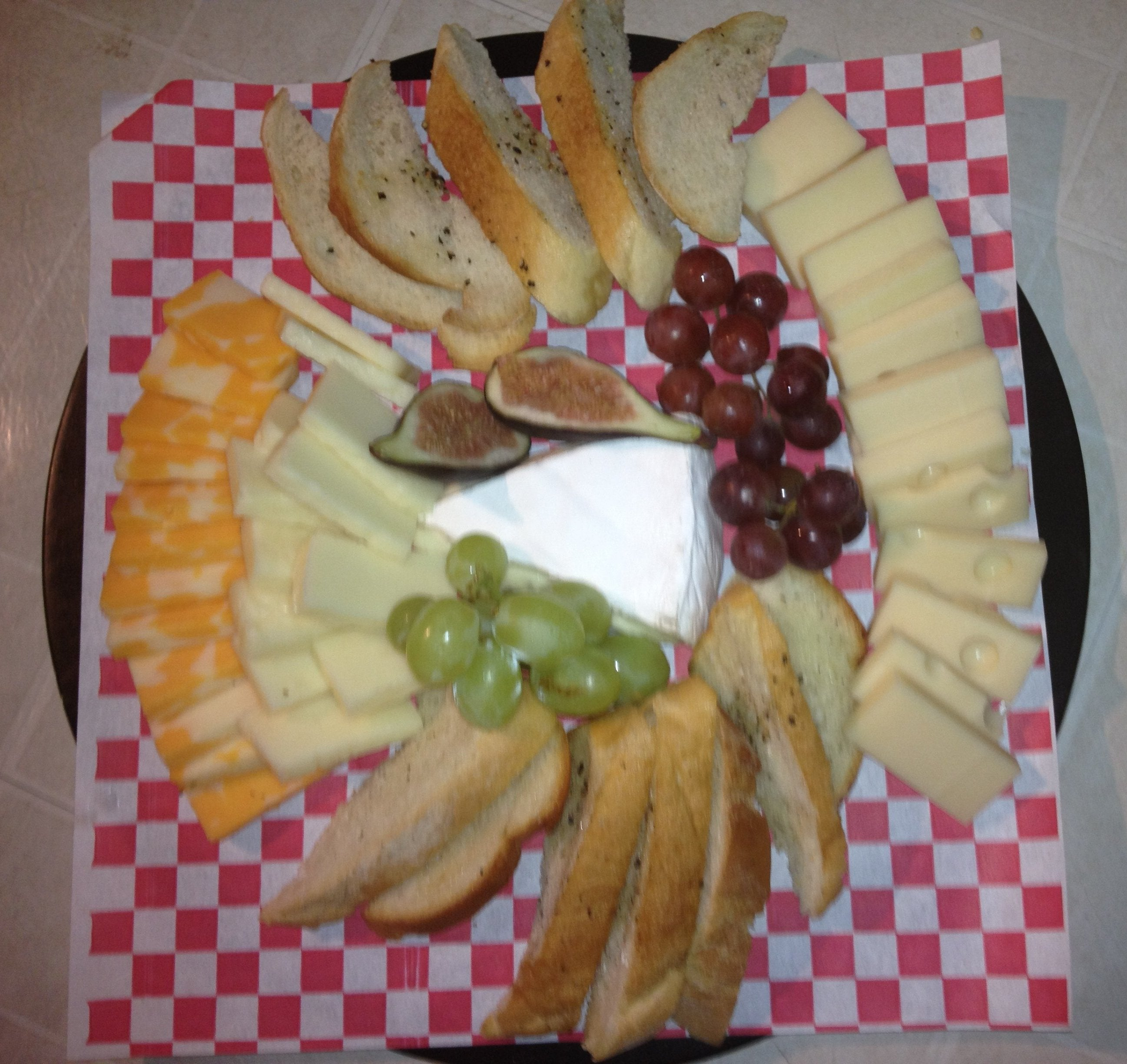 Snacks & Sides - Cheese & Fruit Tray
