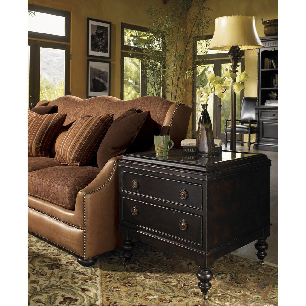 Tommy Bahama Kingstown Nelson End Table