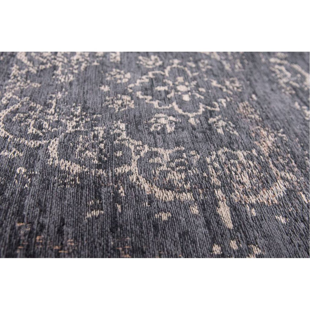 Louis de Poortere Fading World Medaillon 8263 Mineral Black Rug