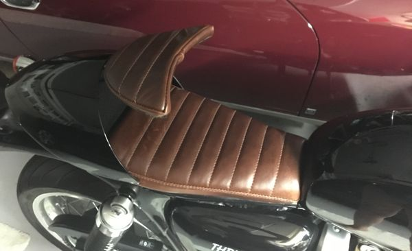 Wilder Factory Triumph Cafe compartment seat