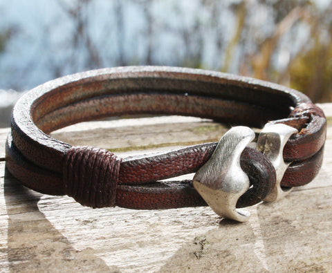 Brown Buffalo Leather Bracelet with an Anchor Clasp 2