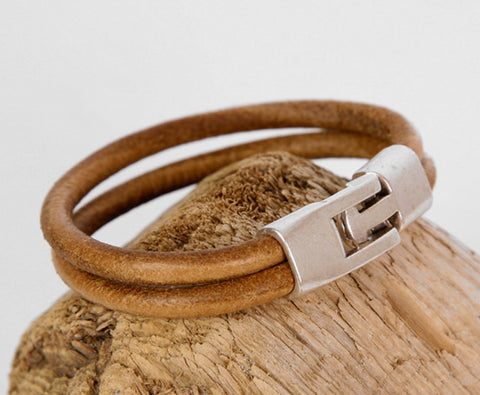 Tan Brown Double Strip Leather Bracelet with Interlocking Clasp 3