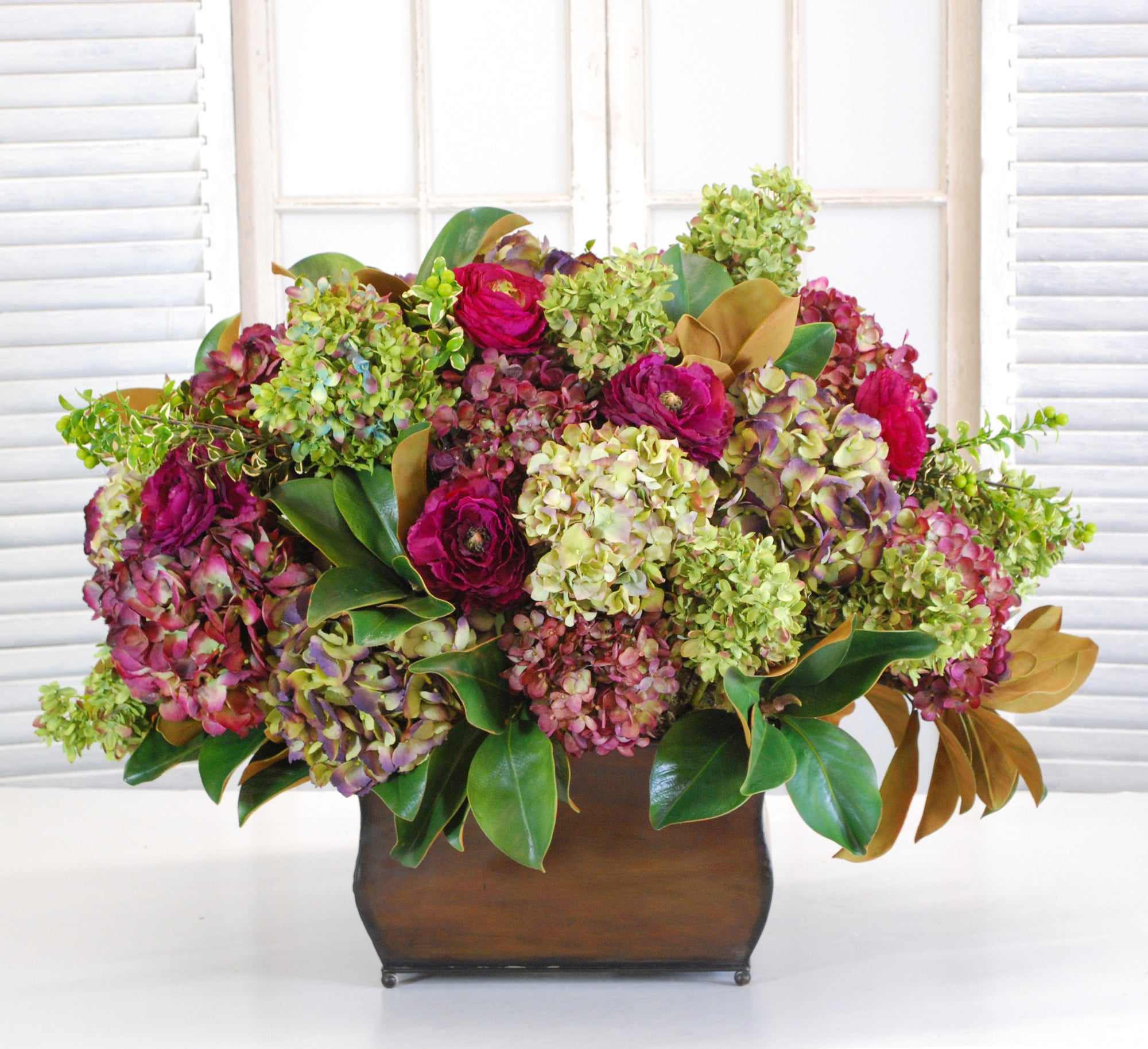 MIX HYDRANGEA IN CAMBRIDGE PLANTER (WHD035-MI) - Winward Home faux floral arrangements