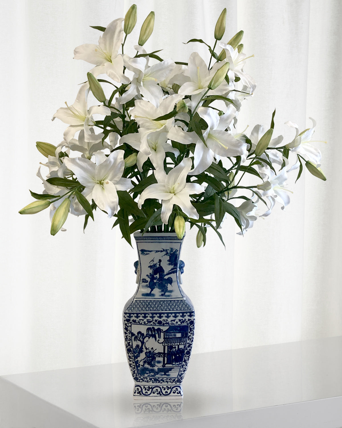 CASABLANCA LILY IN CHINESE VASE (WHD266-WHGR)
