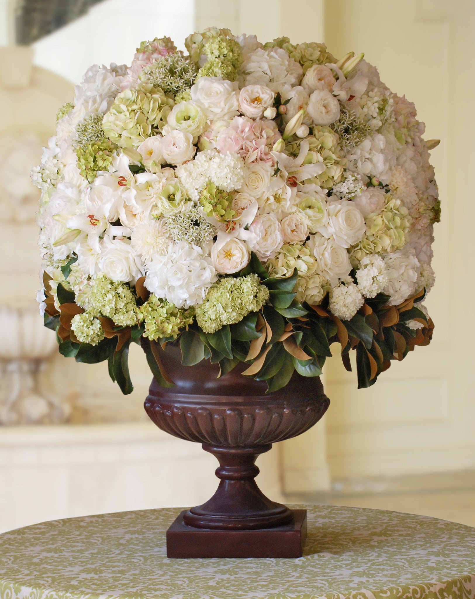 WHITE SNOW CONE IN PALLADIN URN (WHICON07-WHGR) - Winward Home faux floral arrangements