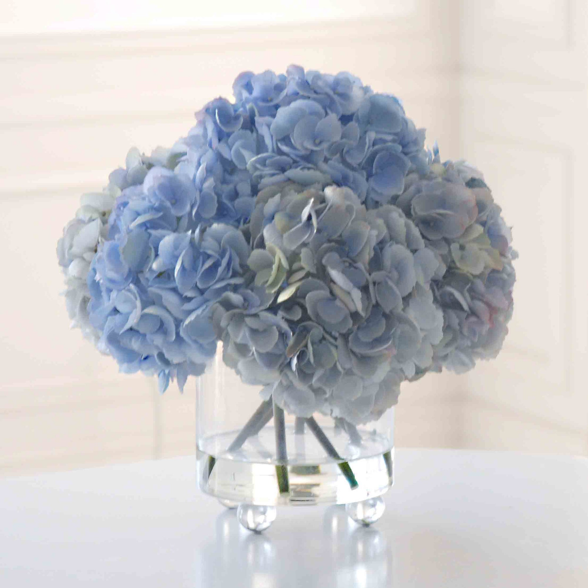 HYDRANGEAS IN FOOTED GLASS (WHWP9139-LBGR) - Winward Home silk flower arrangements