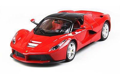 Bburago 1:24 Ferrari La ferrari Die cast Model - Wild Willy - Toys Lebanon