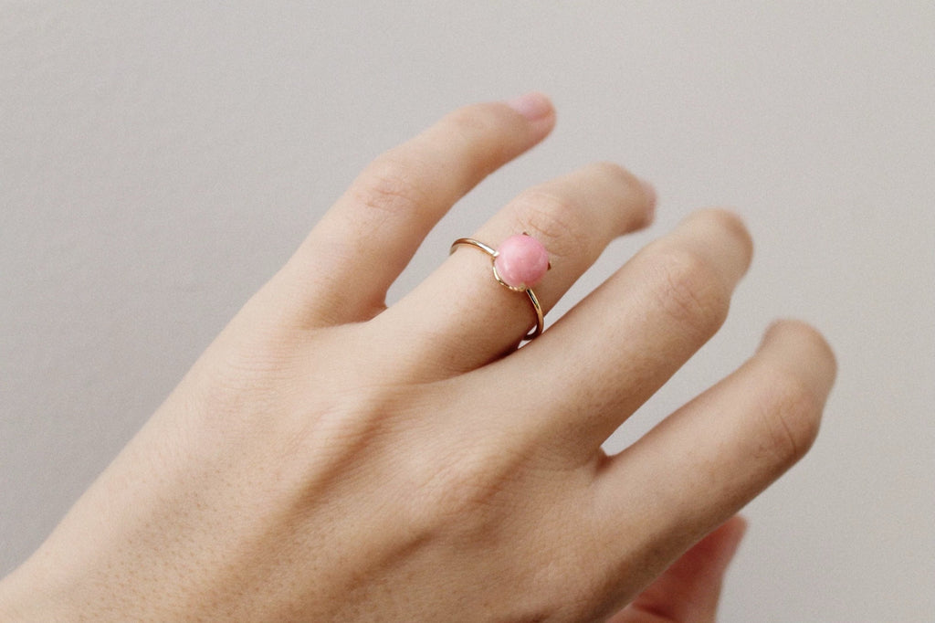 Aura Pink Conch Shell Ring