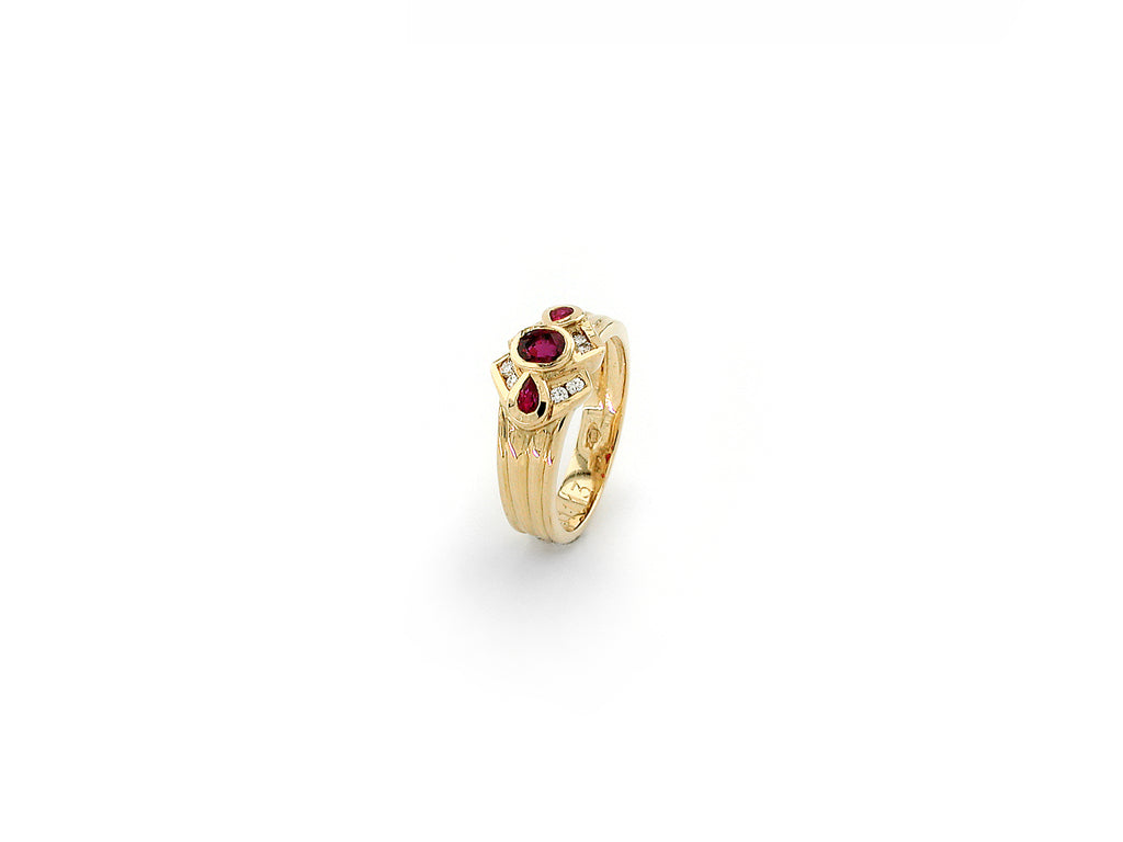 Ring with Diamond & Ruby