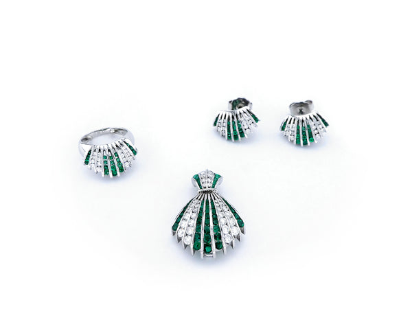 Set (Ring, Earrings & Pendant) with Diamond & Emerald