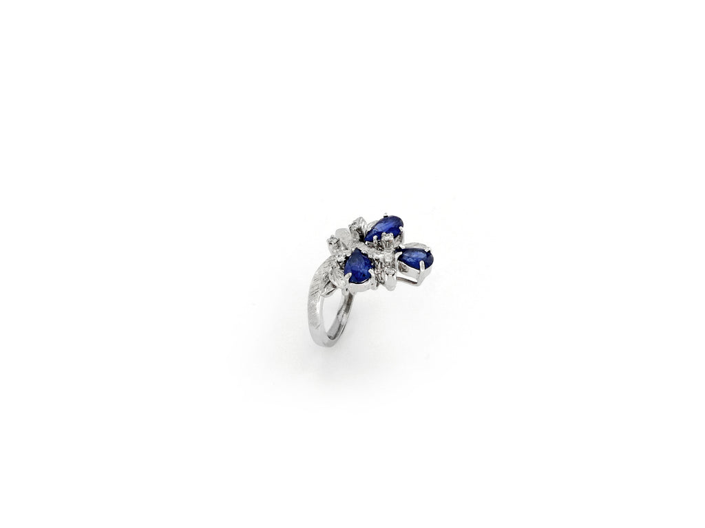 Ring with Diamond & Sapphire