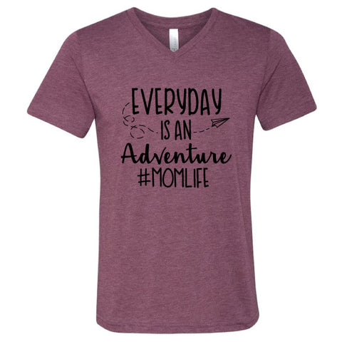 ADVENTURE #MOMLIFE UNISEX TEE